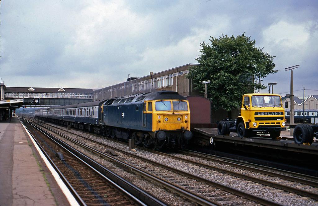 47435, down passenger, Eastleigh, 23-8-82.