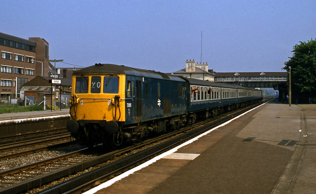 73105, down special, Eastleigh, 1-6-82.