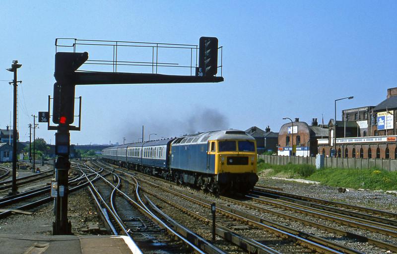 47276, up passenger, Eastleigh, 21-5-82.
