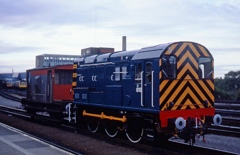08819, shunting, Bristol Temple Meads, 09-85.