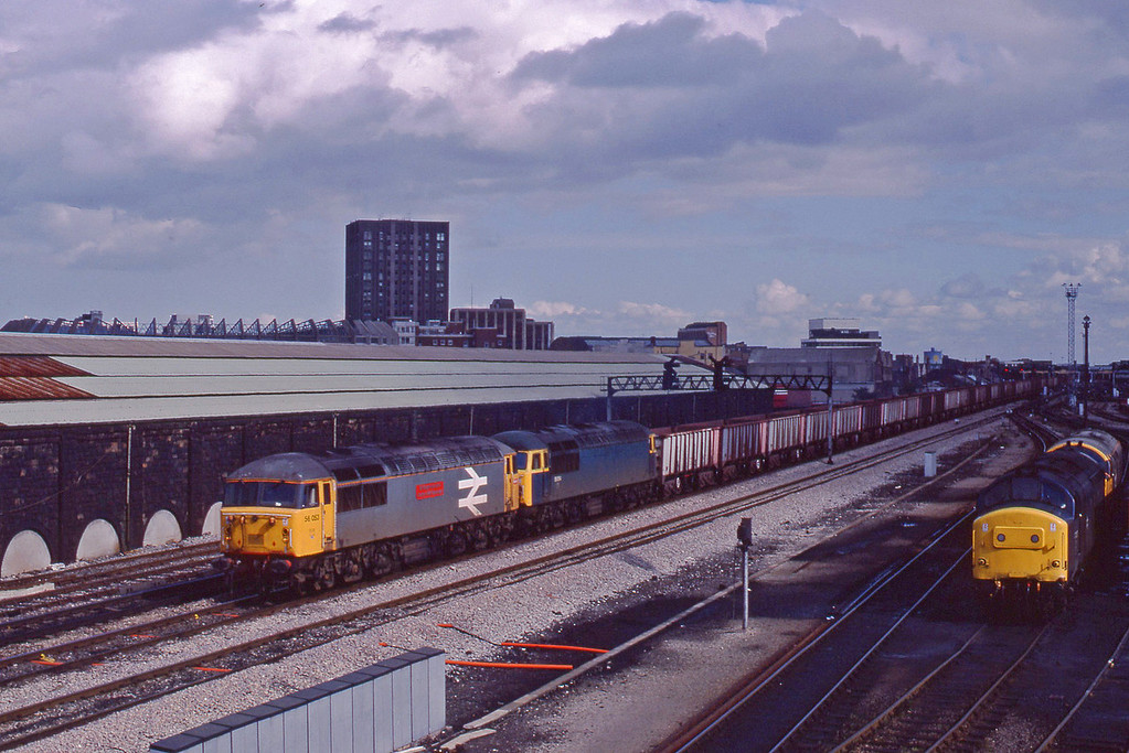 56053/56054, down ore empties, Cardiff Canton, 22-9-87.
