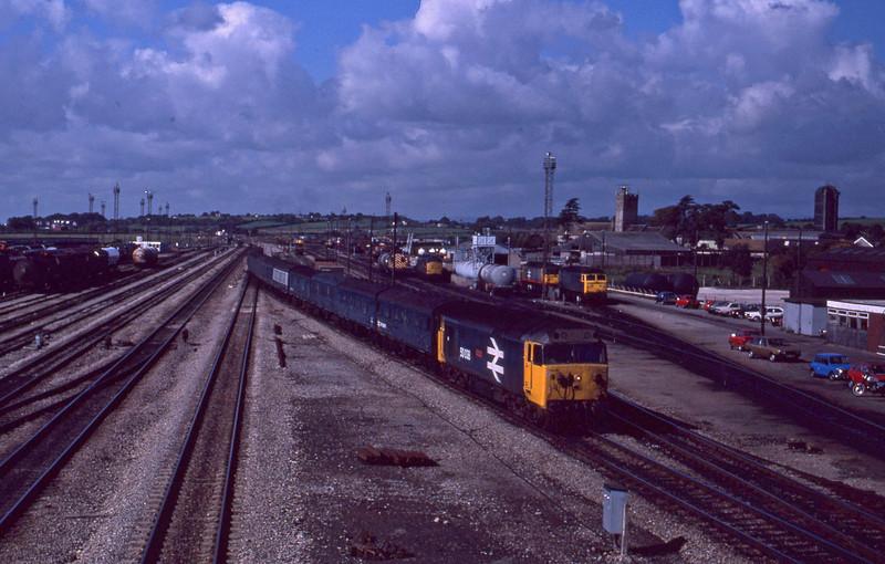 50038, up empty newspaper vans, Severn Tunnel Junction, 22-9-87.