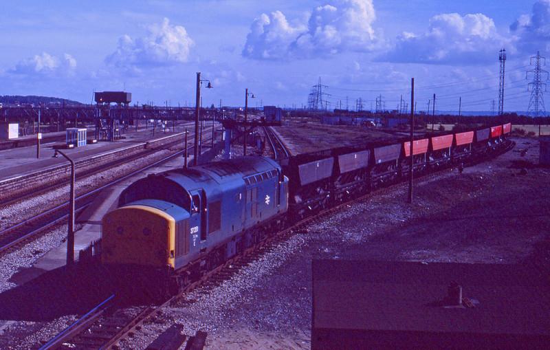 37251, westbound freight, Severn Tunnel Junction, 22-9-87.