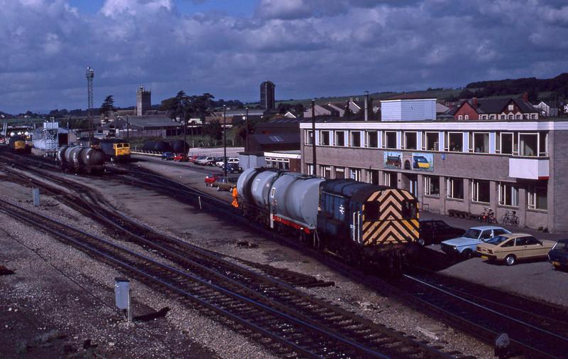 08785, shunting, Severn Tunnel Junction, 22-9-87.