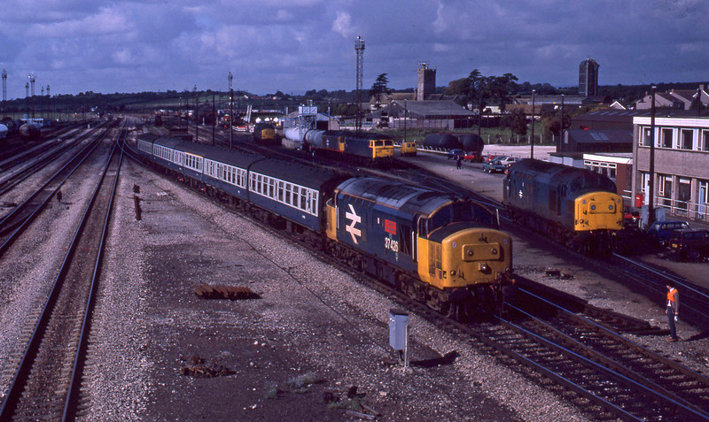 37426, Cardiff Central-Bristol Temple Meads, Severn Tunnel Junction, 22-9-87.