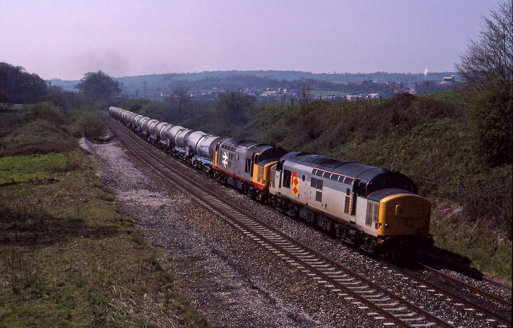 37412/37669, Burngullow-Irvine, Whiteball, 25-4-90.