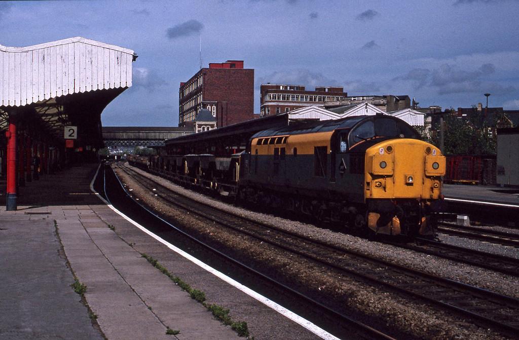 37012, down ballast, Newport, 9-7-91.