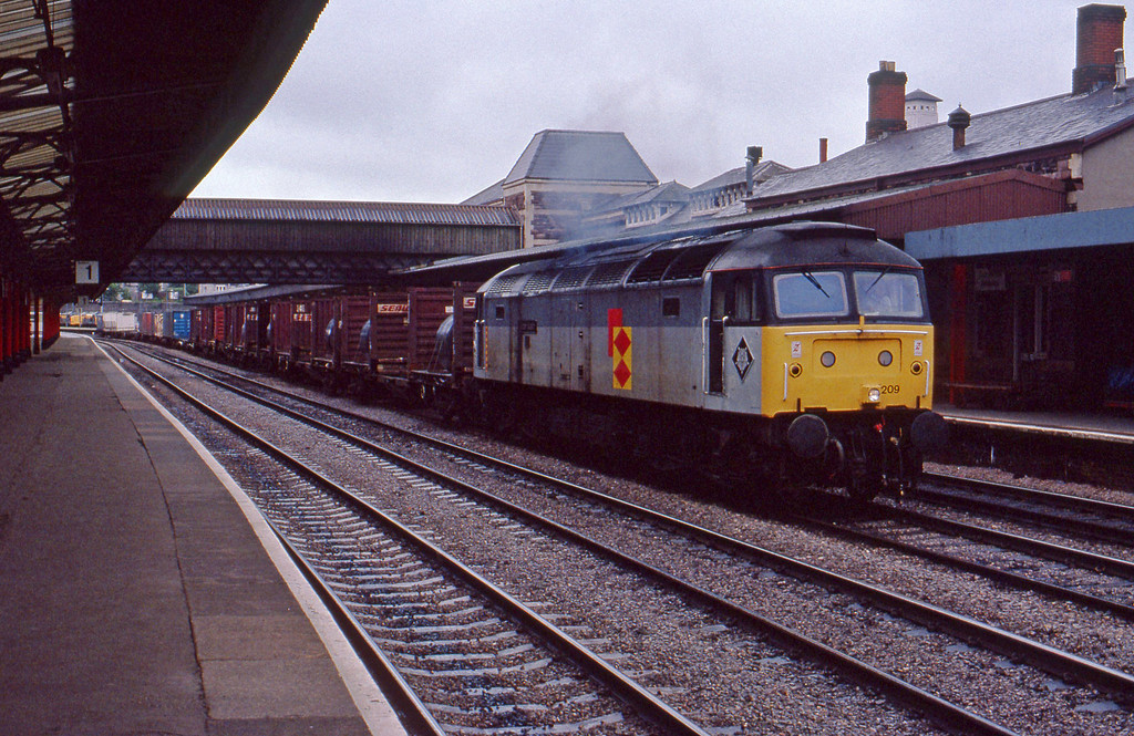 47209, up Freightliner, Newport, 24-7-91.