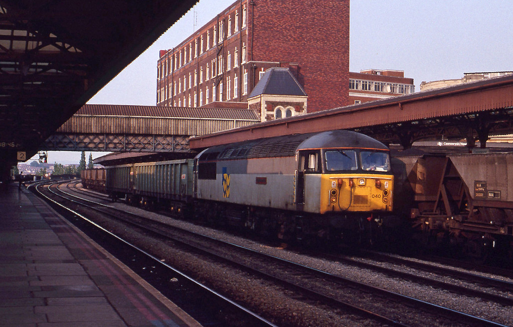 56040, down scrap empties, Newport, 26-5-92.