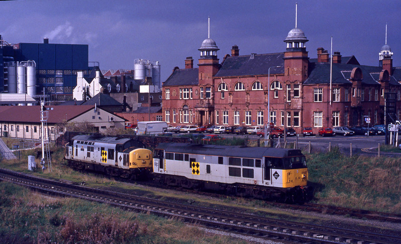 37698/31285, stabled, Warrington, 29-9-92.