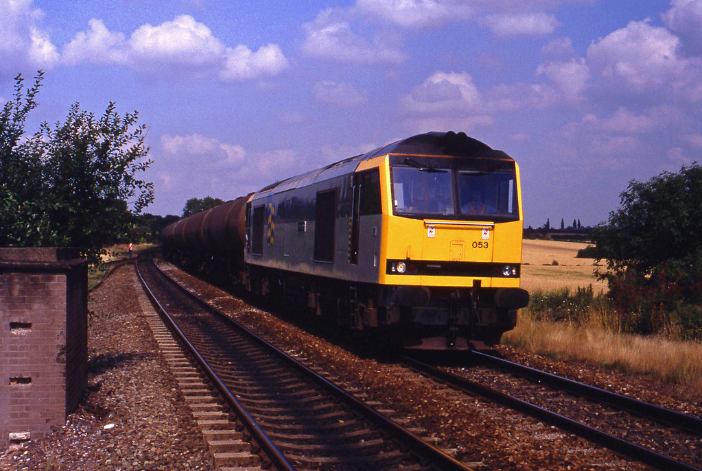 60053, southbound tanks, Tamworth High Level, 17-8-93.