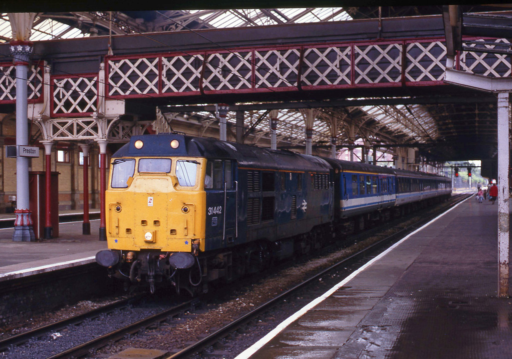 31442, northbound passenger, Preston, 6-8-93.