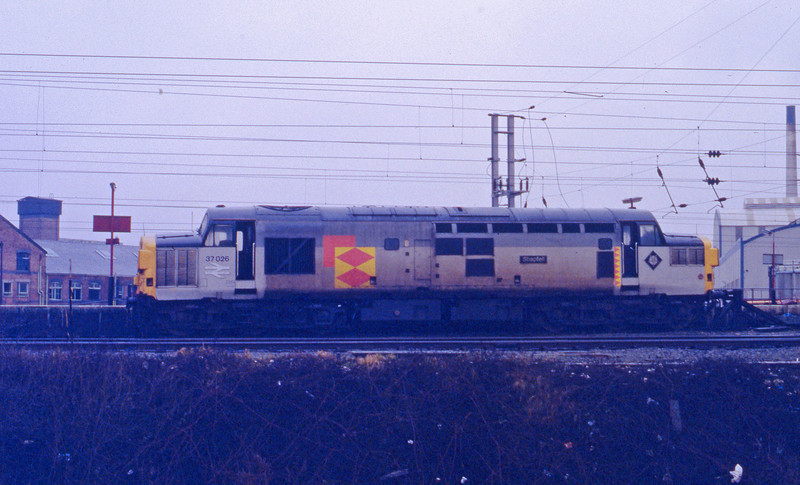 37026, stabled in up bay, Warrington, 27-1-93.
