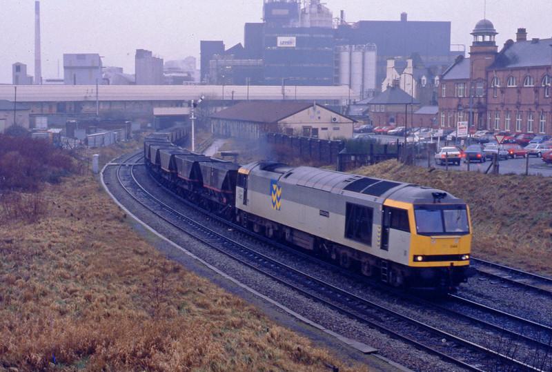 60044, eastbound coal empties, Warrington, 27-1-93.