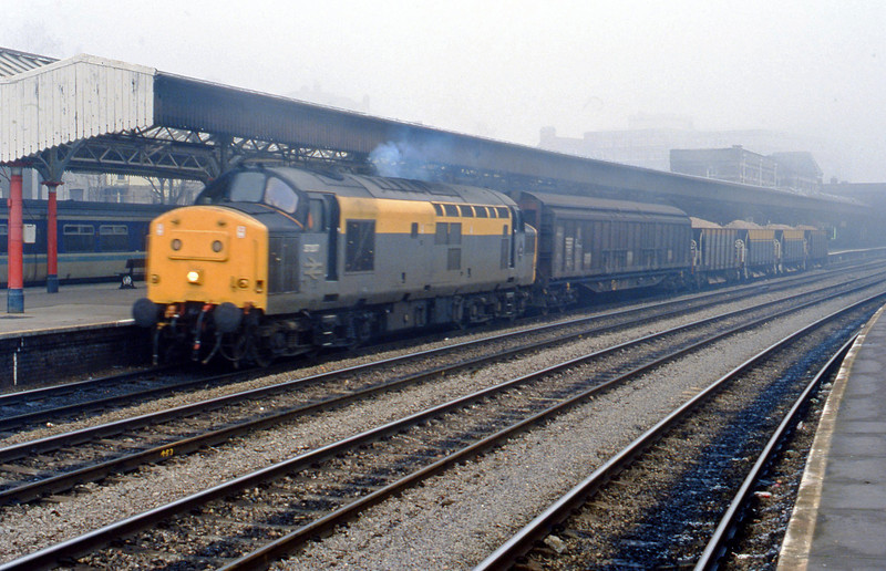 37207, down ballast, Newport, 23-11-93.