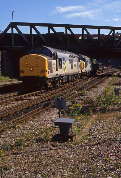 37905/37902, up steel, Newport, 14-7-94.