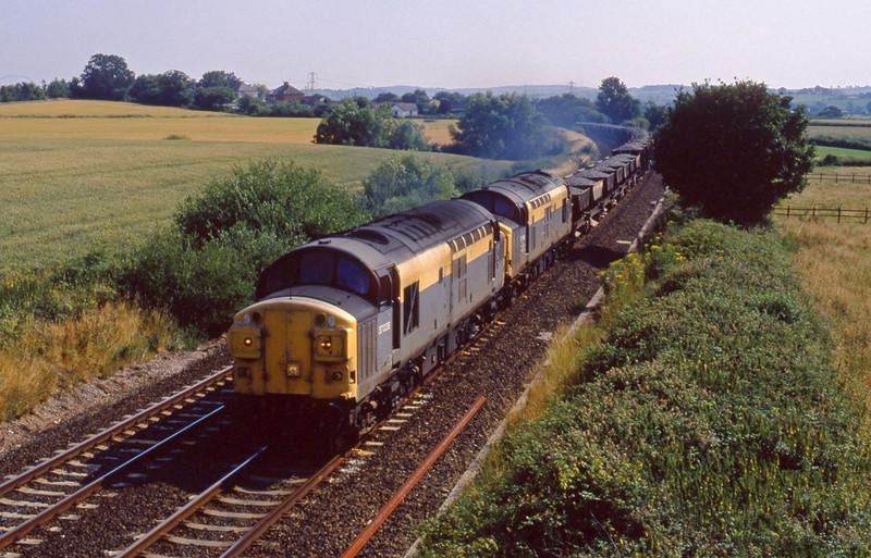 37038/37098, up ballast, Willand, near Tiverton, 19-7-94.