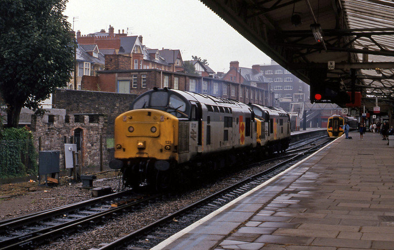 37131/37213, down light, Newport, 18-8-94.
