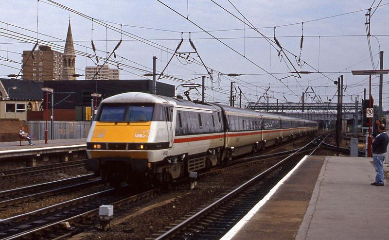 91008, London King's Cross-Newcastle, Doncaster, 23-6-94.