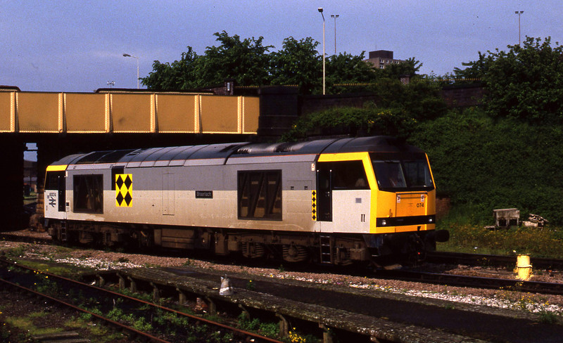 60074, down light to mpd, Leicester, 2-6-94.