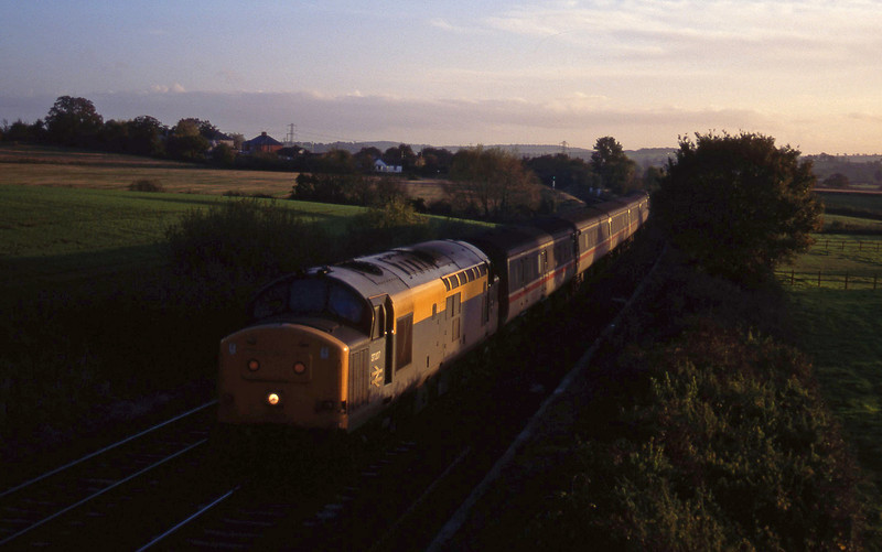 37207, 15.45 Plymouth-Derby, Willand, near Tiverton, 19-10-94.