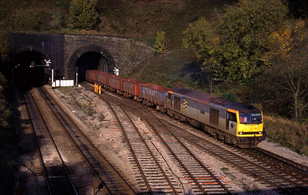 60065, down ore empties,  Gaer Junction, Newport, 26-10-94.