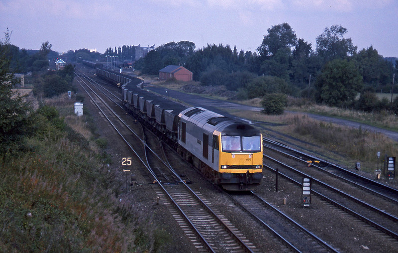 60056, up mgr to Milford Sidings, South Milford, 21-9-94.