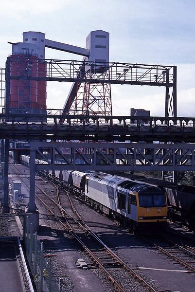 60088, loading mgr, Avonmouth St Andrew's Road, 7-4-95.