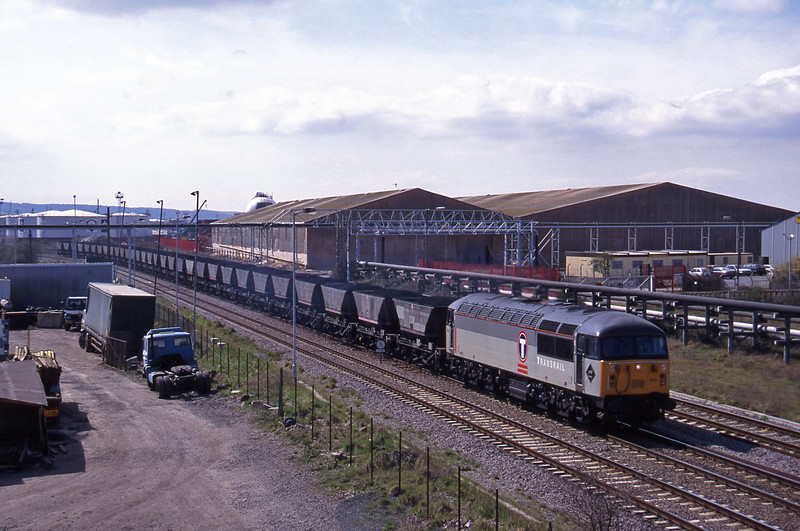 56010, up mgr, Hallen Marsh Junction, Avonmouth, 7-4-95.