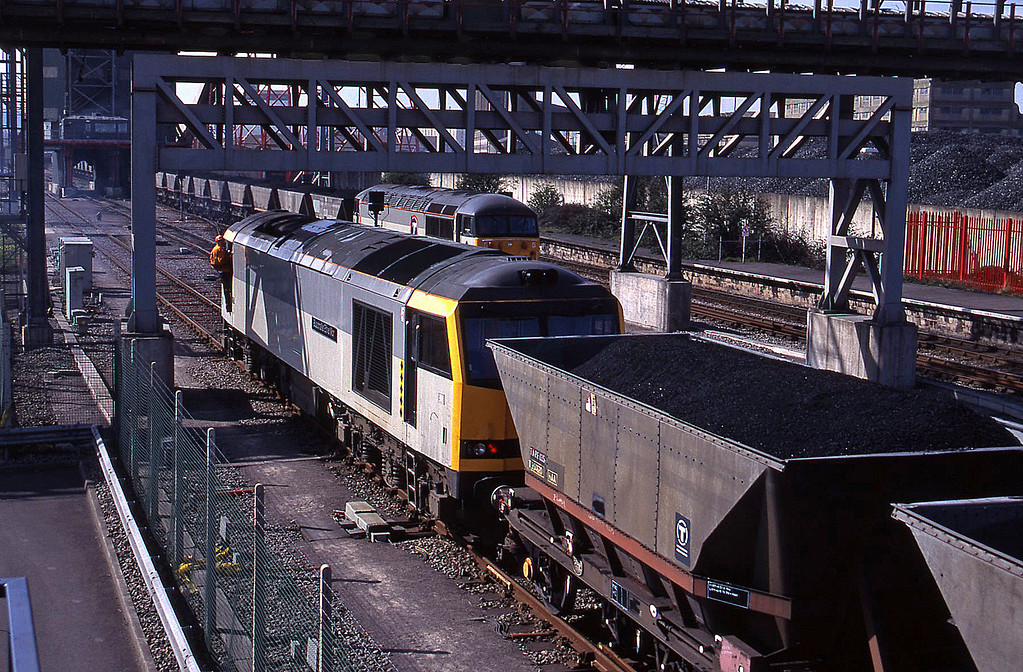 60088, 56010, loading mgrs, Avonmouth St Andrew's Road, 7-4-95.