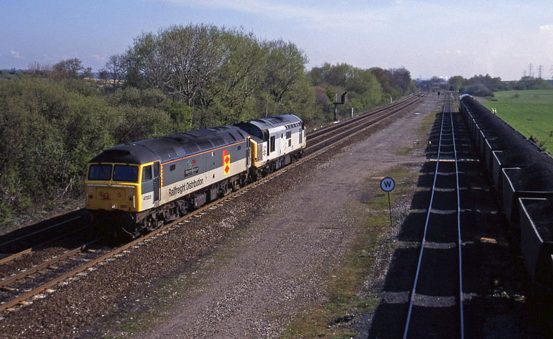47323/37238, up light to Crewe line, Stenson Junction, near Derby, 21-4-95. 60077, Coalfields-Willington Power Station.