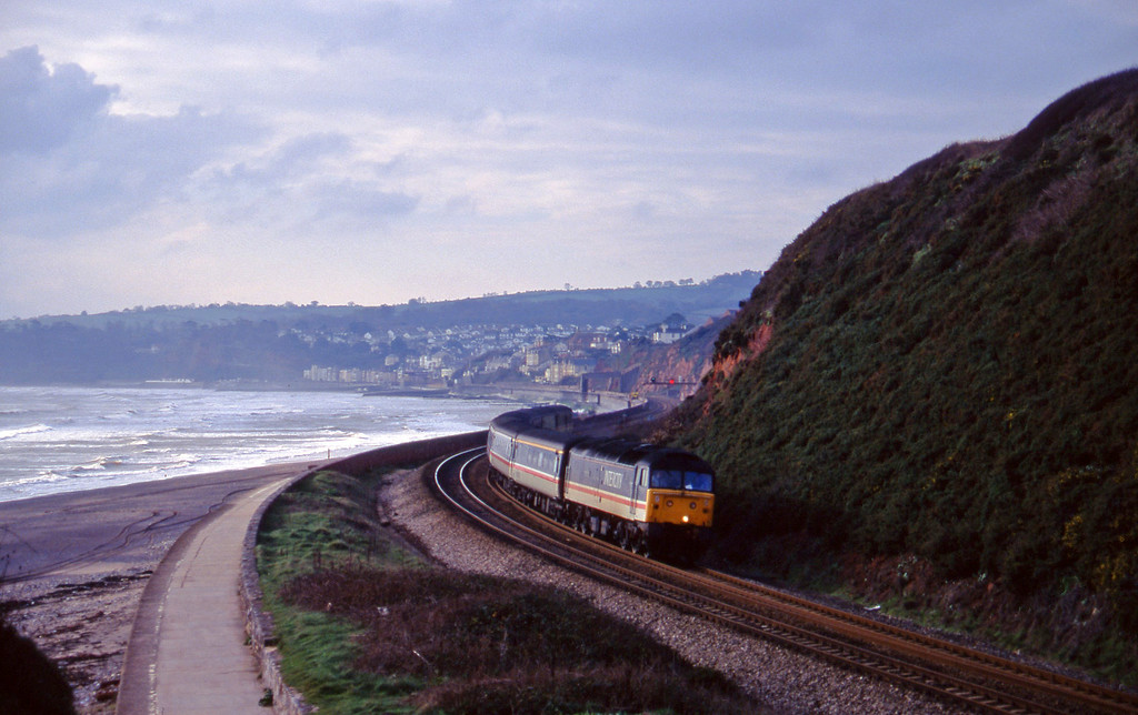 47825, 10.44 Plymouth-Manchester Piccadilly, Dawlish Warren, 5-12-95.