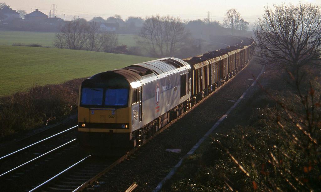 60037, 15.00 Exeter Riverside Yard-Cardiff Tidal, Willand, near Tiverton, 9-12-95.