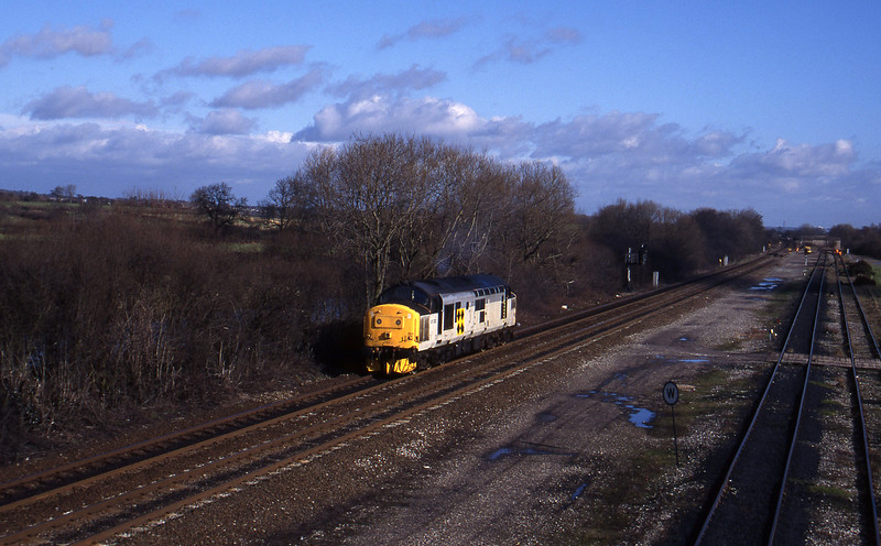 37222, down light Sheet Stores line, Stenson Junction, near Derby, 17-2-95.