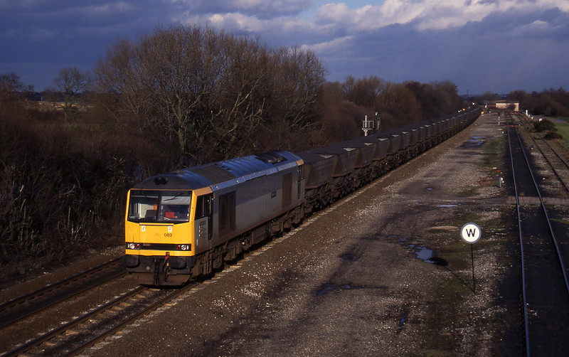 60083, up mgr, Stenson Junction, near Derby, 17-2-95.