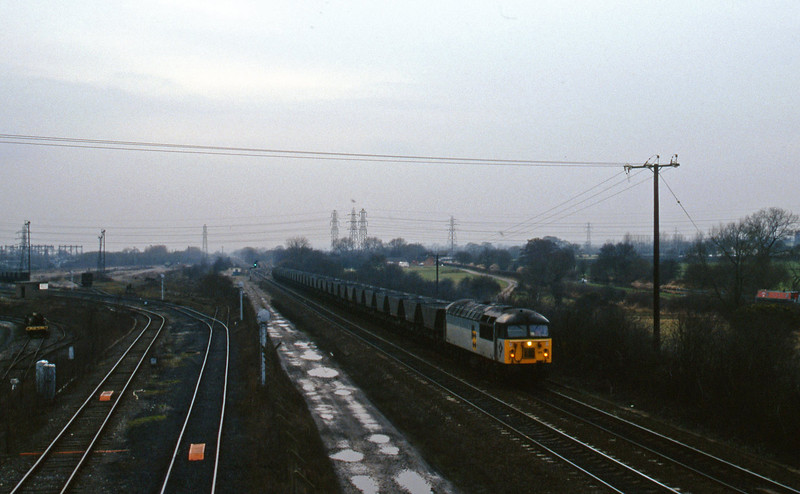 56125, down mgr empties, Stenson Junction, near Derby, 24-2-95.