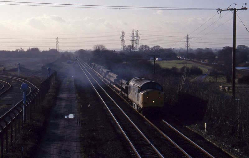 37716, Etruria-Lackenby, Stenson Junction, near Derby, 6-1-95.