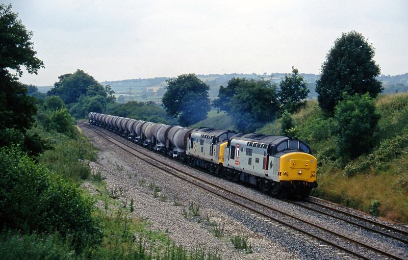 37670/37668, 09.40 Burngullow-Irvine, Whiteball, 11-7-95.
