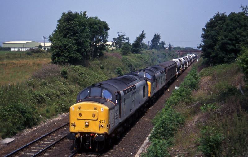 37674/37670, 08.50 Bescot-St Blazey, Willand, near Tiverton, 1-7-95.
