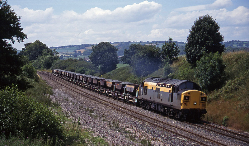 37012, 11.42 Meldon Quarry-Westbury, Whiteball, 13-7-95.