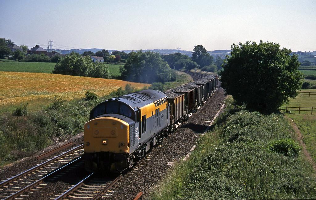 37185, up ballast, Willand, near Tiverton, 27-6-95.