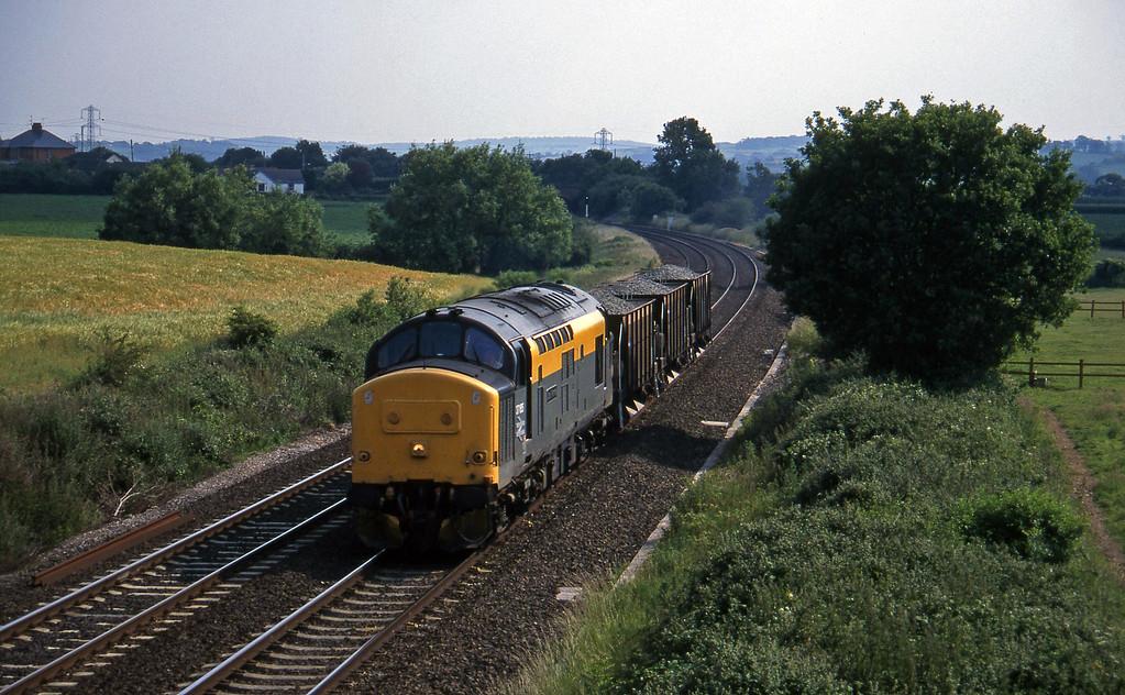 37185, up ballast, Willand, near Tiverton, 22-6-95.