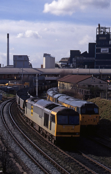60055, up mgr empties from Fiddlers Ferry Power Station, Warrington, 17-3-95.