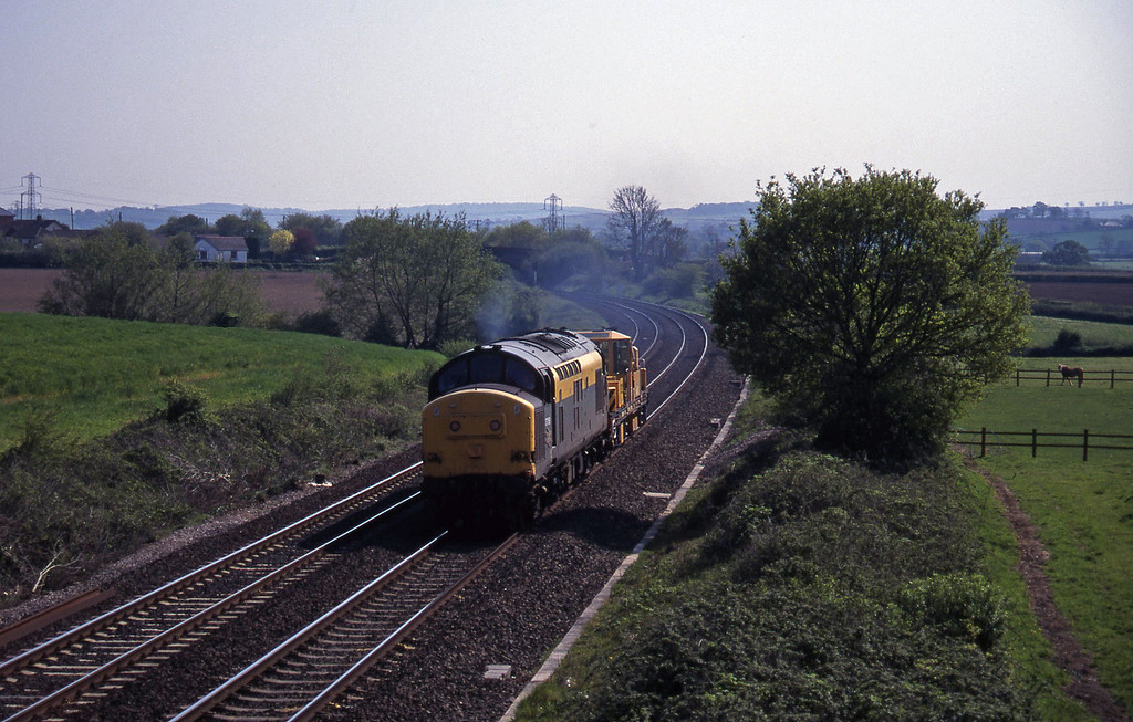 37158, up departmental, Willand, near Tiverton, 5-5-95.