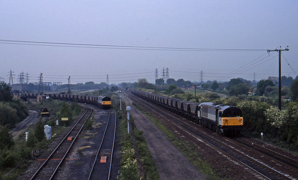 58010, down mgr empties, 58043, down mgr empties, Stenson Junction, near Derby, 23-5-95.
