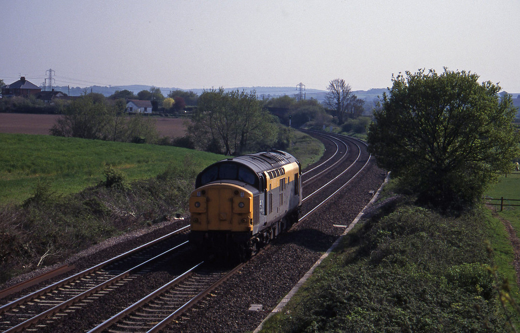 37010, up light, Willand, near Tiverton, 5-5-95.
