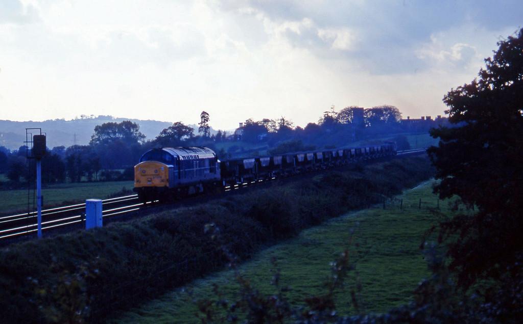37074, up ballast, Rewe, near Exeter, 2-11-95.