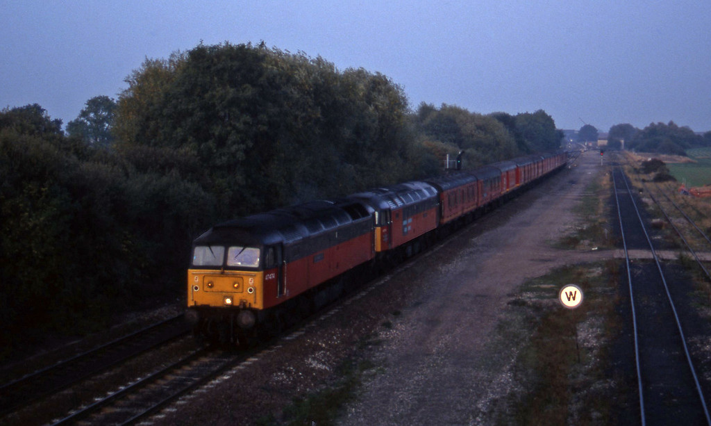 47474/47775, north to south vans, Stenson Junction, near Derby, 11-10-95.