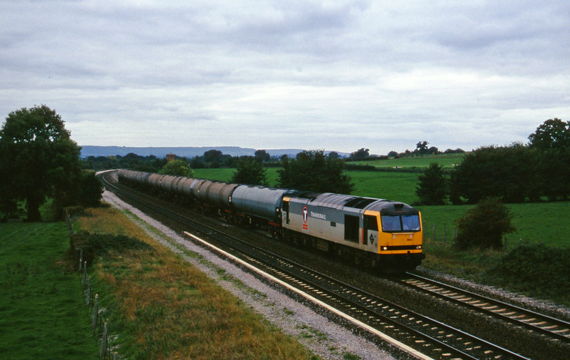 60084, 12.05 Heathfield-Waterston, Cogload, 18-10-95.