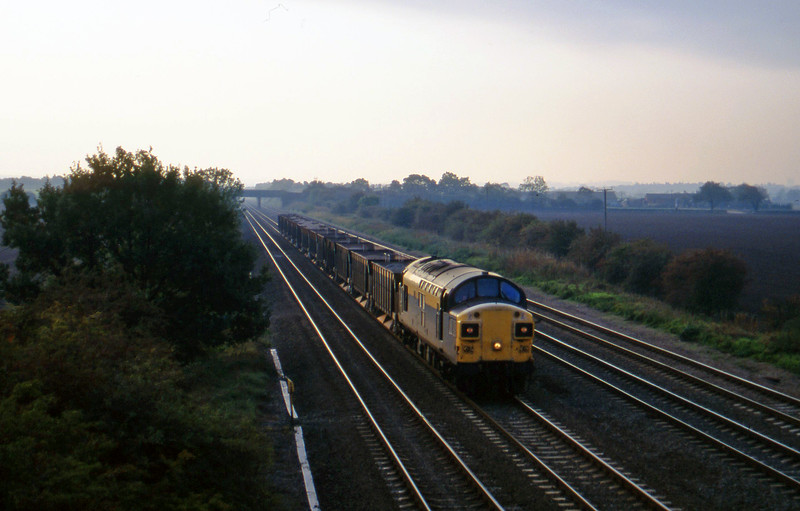 37097, down ballast, Cossington, near Leicester, 11-10-95.
